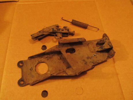 Держатель (регулировочная скоба) стояночного тормоза A6384200386